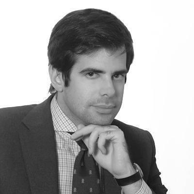 abogado  administrativo Antonio Benitez