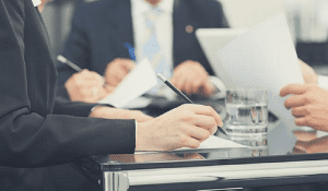 La irregular constitución de una Mesa de Contratación en una licitación pública, es causa de nulidad de pleno derecho
