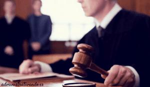 abogado derecho administrativo