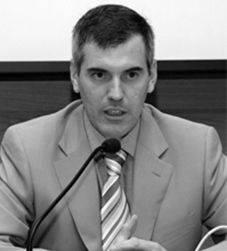 González-Varas Ibáñez
