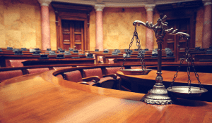 La caducidad de un procedimiento administrativo, ¿Puede ser apreciada de oficio por un Juzgado de lo contencioso – administrativo?