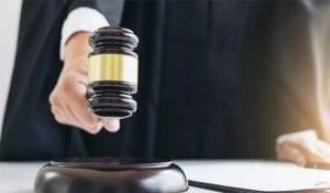 Desajustes entre las pretensiones instadas en la vía administrativa y el recurso contencioso – administrativo: desviación procesal