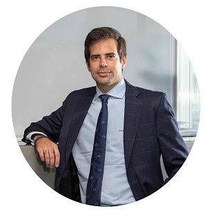 abogado  administrativo Antonio